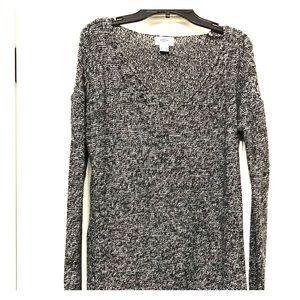 Tunic style black/white sweater